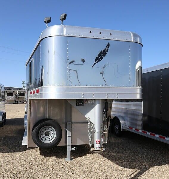 2018 Featherlite Trailers 8541-703H on