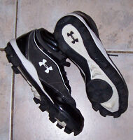 Under Armour Baseball Armour Bound Youth Cleats