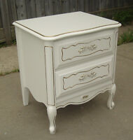 BARONET FRENCH PROVINCIAL 2 DRAWER NITE STAND IVORY GOLD