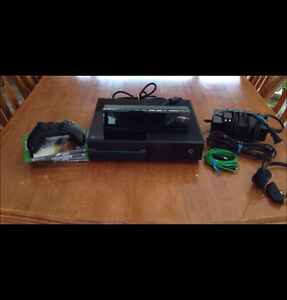 XBOX ONE- 1TB + Kinect !! Gone asap