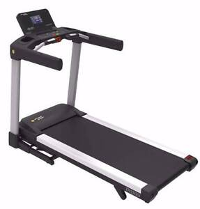 BRAND NEW 4HP COMMERCIAL STRENGTH MASTER TREADMILL Malaga Swan Area Preview