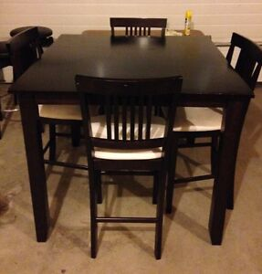Counter Height Dining Table And Counter Height Dining Chairs Calgary Alberta