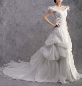 High quality Wedding Dress @$299 ONLY (custom made & brand new) London Ontario image 3