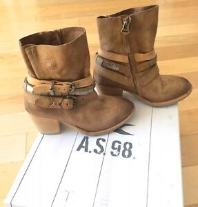 A.S. 98 Italian leather boots size 5.5 MSRP $500