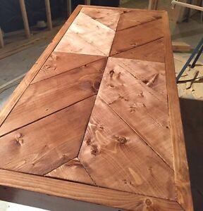 table de salon en bois massif