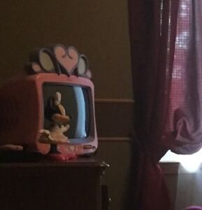 Minnie Mouse toddlers bed Cornwall Ontario image 4