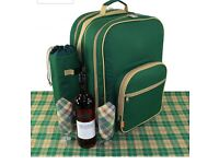 Deluxe Picnic Backpack Set For 4 NEVER USED