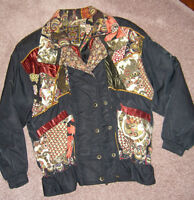 Vintage jacket. Size small. Excellent condition.