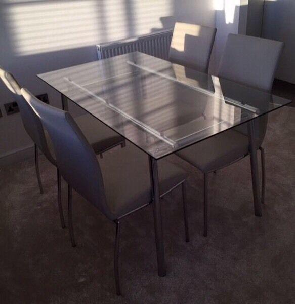 Harveys Tilbury Glass Dining Table And Chair Set