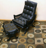 Excellent Tuffted Leather Easy Chair & Ottoman See VIDEO