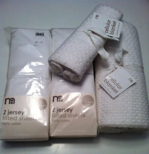 Brand new Mothercare 4x fitted cotton sheets 2xCellular blankets
