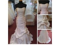 Ivory wedding dress : lace up back, small trail, fit size 8-12, five foot 3 in height £50