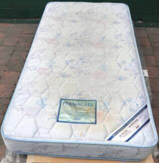 Good condition king single mattress for sale. Pick up or delivery