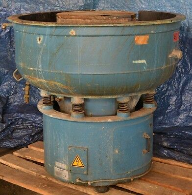 4.1 Cu.ft. Rosler R220ec Vibratory Deburring Machine - 27232