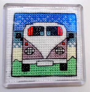 Campervan-aimant-de-refrigerateur-cross-stitch-kit-emma-louise-art-stitch