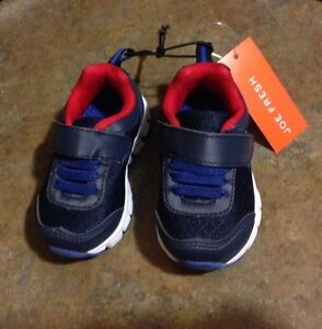 Size 4 baby / toddler shoes Kingston Kingston Area image 1