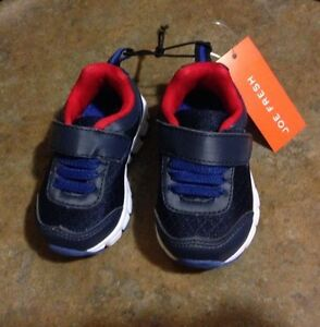 Size 4 baby / toddler shoes