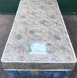 Excellent single bed base + mattress. Delivery option available