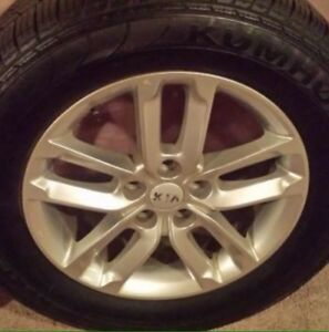 """**Great Deal** 17"""" - 5x114.3 - 235/65/17"""