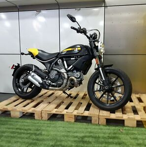 2016 Ducati Scrambler Full Throttle, Black/Yellow