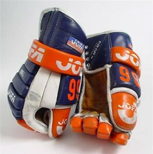 Wayne Gretzky game used worn jersey gloves helmet stick values Edmonton Edmonton Area image 2