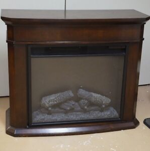 Beautiful Fire Place -ready for winter London Ontario image 1