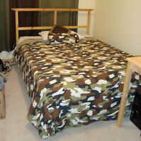 double size Bed w/mattress   - in Leduc