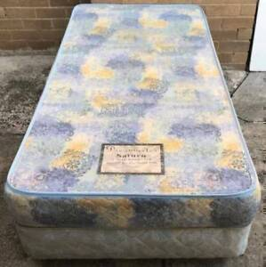Good condition Sealy Brand single bed base with mattress for sale Kingsbury Darebin Area Preview