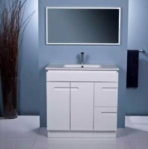 NEW ARRIVAL!!!!!!!!!!!Vanity 90cm wide DS900
