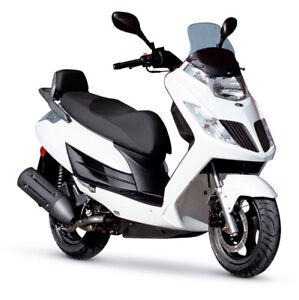 Kymco Scooter Frost 200 - White