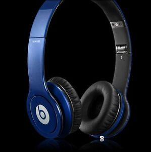Blue solo HD beats by Dre