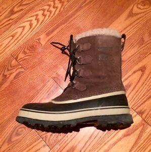 Men's Leather Sorel Caribou Boots (9.5)
