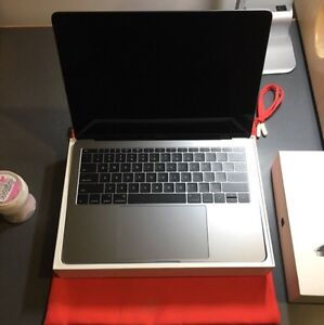 MacBook Pro no Touch ID 2017 brand new