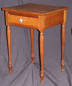 ANTIQUE CHERRY LAMP TABLE WITH FIGURED MAPLE