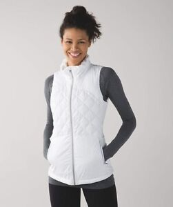 Lululemon Down For A Run White Vest NWT Size 8