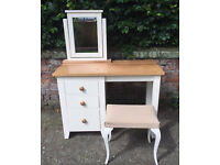 Set of 3: chest of drawers, mirror and stall
