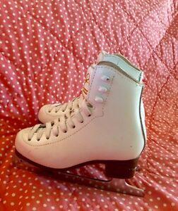 Jackson  Mystique  girl's figure skate -size 11-