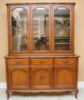 Gibbard Chantilly French Provincial (1960's ) 2 Pc China Cabinet