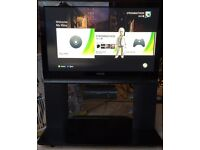 """TV Panasonic viera 37"""" with built in stand"""