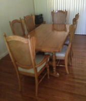 Kaufman of Collingwood oak dining set