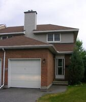 Excellent Townhome - Barrhaven