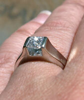 DIAMOND SOLITAIRE RING 14KT WHITE GOLD ENGAGEMENT RING