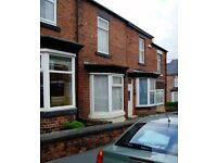 1 STUDENT ROOM AVAILABLE IN SHARED HOUSE - CROOKES -JUST 5 MINS WALK TO UNIVERSITY
