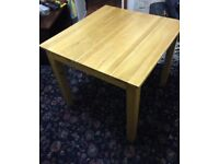 Lovely and Quality Solid Wood Dining Table Good Condition Can Deliver Locally for £5