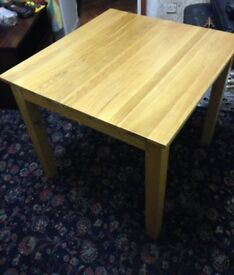 Lovely Quality Solid Wood Dining Table Good Condition Can Deliver Locally for £5