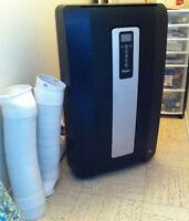 14,000 BTU Portable Air Conditioner with remote