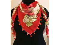 Ideal Gift Scarf !