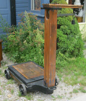 LARGE ANTIQUE GUERNEY WEIGHT SCALES & WEIGHTS WORKS BUTTERNUT