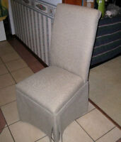 Living room Accent Chair, very comfortable in great condition
