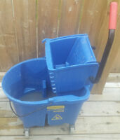 Rubbermaid Commercial Mop Bucket